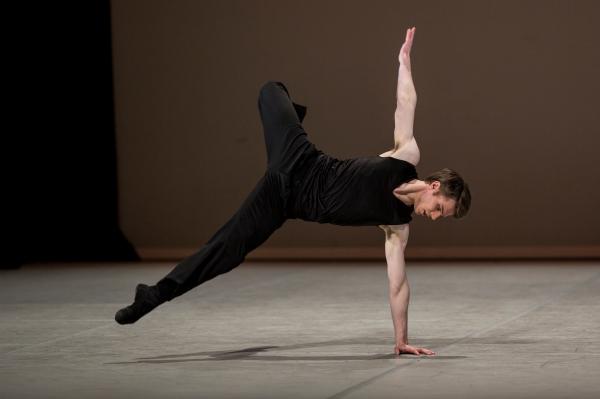 Joel Woellner_Photo by Gregory Batardon_Prix 2013_Contemporary 2