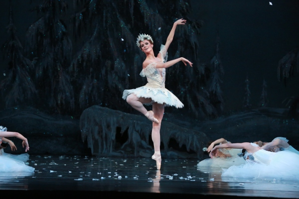 Snow Queen J. Long - Houston Ballet